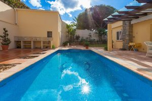 Buy a villa for sale in Marbesa with Liontrust spain